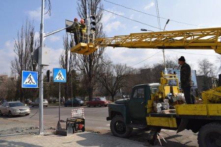 На перехресті вулиць Минайської-Олександра Можайського в Ужгороді – капітальний ремонт (ФОТО)
