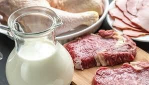 Селянам не заборонятимуть продавати м'ясо і молоко