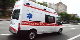 В Берегові студентка медичного коледжу впала з третього поверху та загинула