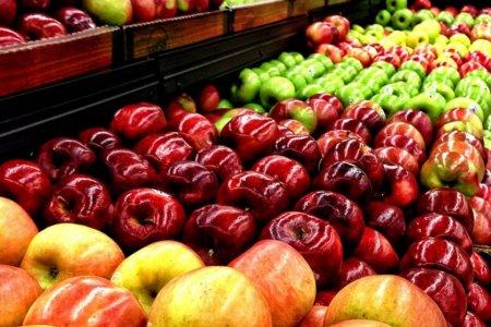Вчені спростували міфи про цілющі властивості яблук