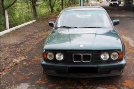 Викрадений в Греції, спійманий на Закарпатті: на кордоні затримано розшукуваний Інтерполом автомобіль