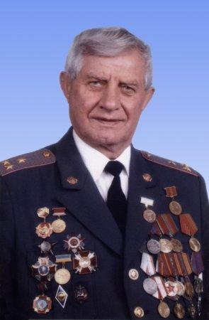 Пішов із життя легендарний закарпатський правоохоронець Петро Бронтерюк