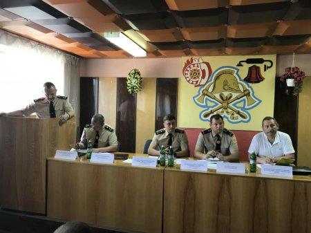 Закарпатські рятувальники підбили підсумки роботи за квітень (ФОТО)