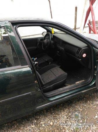 У Виноградові обкрадають автомобілі (фото)