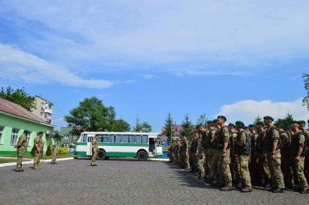 Посилення кордону: На Закарпаття прибули курсанти для охорони держрубежу (ФОТО)