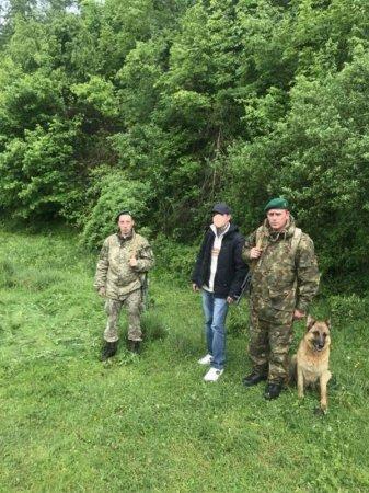 Восьмеро в'єтнамців та одного узбека затримали сьогодні прикордонники на Закарпатті (ФОТО)