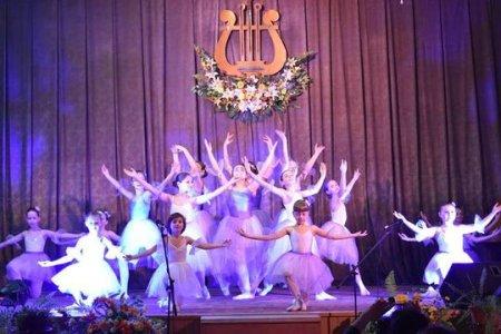 Юні хореографи Мукачівської дитячої школи мистецтв подарували містянам незабутній концерт