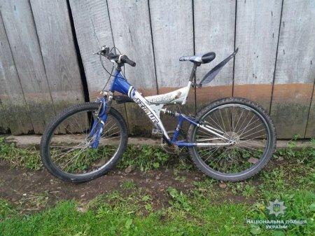 Поліція Закарпаття затримали викрадачів велосипедів, шуруповерта, молотків та садових ножиць