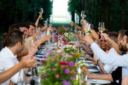 Цигани зіграли весілля на €8000 і зникли, не оплативши рахунок