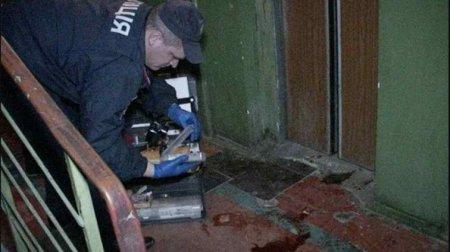 Всередині знаходилося троє людей, в тому числі восьмирічна дівчинка: в Одесі обірвався ліфт