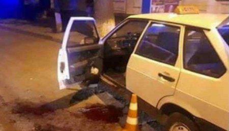 """""""Наніс кілька ударів сокирою по голові і…"""": Таксист жорстоко розправився зі своїм колегою"""