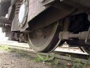 Електропоїзд «Сянки – Мукачево» на смерть збив невідомого чоловіка