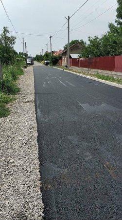 В Берегові асфальтують дороги (фото)