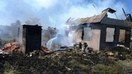 За вихідні в Закарпатській області трапилося 18 пожеж: горіли хліви,автомобілі, будинки і сухостій