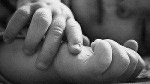 28-річний батько вбив свою 4-річну доньку за те, що вона відмовилась вечеряти