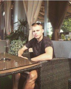 Закарпатка просить земляків врятувати життя 20-річному онуку, якого спіткала біда на заробітках у Чехії