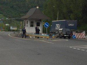 На Закарпатті поліцейські сильно побили чоловіка