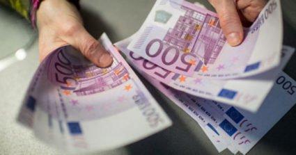 Уряд згадав про заробітчан - новим податком