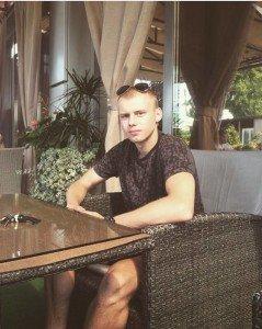 20-річному закарпатцю, який потрапив під завали будинку в Празі, вже зробили 4 операції