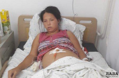 «Нехай твоя дитина помре»: Троє навіжених дівчат жорстоко побили вагітну жінку