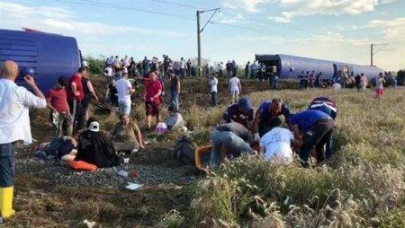 Багато поранених і загиблих: Моторошна аварія поїзда, перші кадри катастрофи