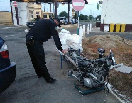 BMW із сюрпризом знайшли правоохоронці на кордоні з Угорщиною