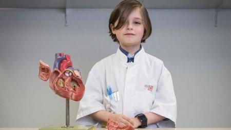В Бельгії 8-річний хлопчик вступає в університет (ФОТО)