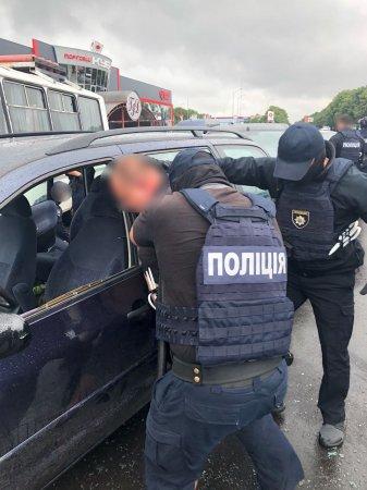 СБУ знешкодила міжрегіональне наркоугрупування на Закарпатті (ФОТО, ВІДЕО)