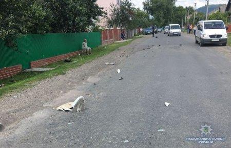 Смертельна аварія: На Тячівщині водій автомобіля «Mersedes Benz» вбив чоловіка