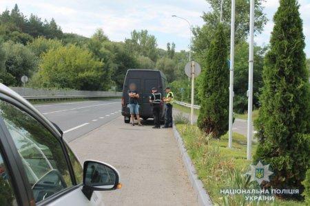 Поліція продовжує відпрацювання на дорогах Закарпаття (ФОТО)