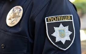 Ужгородські полісмени повернули пенсіонеру викрадений в нього «Москвич»