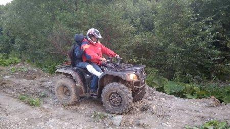 Рахівські рятувальники надали допомогу туристу, що травмувався у горах