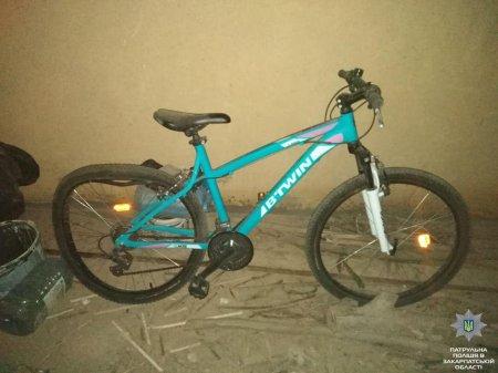 Патрульні знайшли викрадений велосипед (ФОТО)