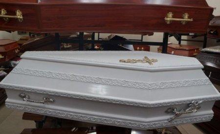 Ритуал на удачу: 47-річна жінка задихнулася у труні