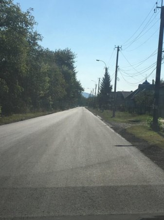 Триває капітальний ремонт обласної дороги «Свалява – Мукачево» (ФОТО)