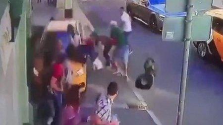 Дозволили востаннє зустрітись з рідними: У Китаї чоловіка, який збив натовп дітей, публічно стратили