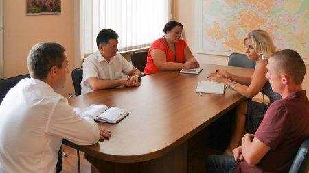Ситуація з вивезенням сміття почала погіршуватися: в Ужгороді готові шукати заміну АВЕ (ФОТО)