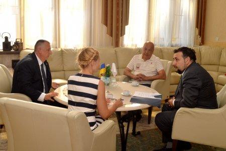 Керівники Закарпаття обговорили з Послом Республіки Кіпр альтернативну енергетику і туризм на Закарпатті (ФОТО)