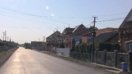 Конфлікт ромів та місцевих жителів села Підвиноградів набирає нових обертів (відео)