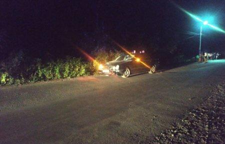 Вночі на Мукачівщині водій легковика збив велосипедистку