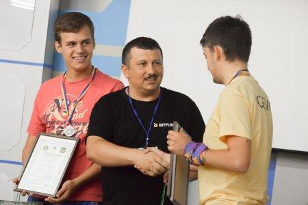 Третя літня студентська школа програмування в УжНУ сьогодні завершила свою роботу (ФОТО)