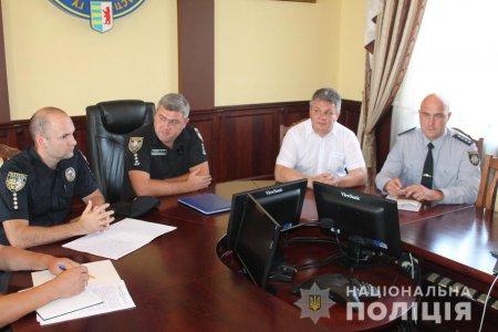 Закарпатська поліція переймається безпекою громадян під час автоперевезень (ФОТО)
