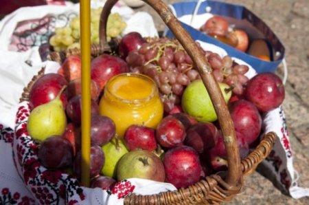 Яблучний Спас 19 серпня: Чого не варто робити в цей день, щоб не накликати на себе горе