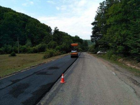 На Перечинщині триває ремонт дороги «Перечин – Свалява»  (ФОТО)