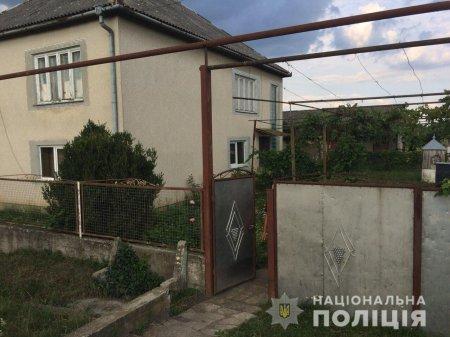 На Мукачівщині четверо зловмисників  пограбували 67-літнього чоловіка (ФОТО)