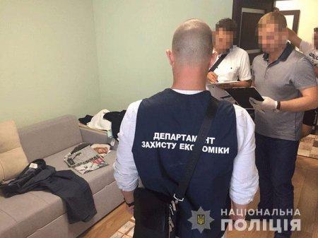 Національна поліція викрила осіб Закарпатської митниці в організації злочинної «схеми» експорту та імпорту товарів(фото)