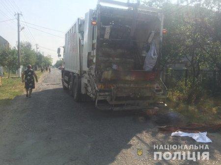 Поліція Мукачівщини встановлює причини автопригоди, під час якої загинув пішохід
