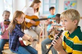 Задля заохочення дитячої творчості, гармонійного розвитку – проводитимуться різні обласні конкурси для учнів мистецьких шкіл