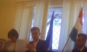 Стало відомо, хто зняв скандальне відео у консульстві Угорщини на Закарпатті