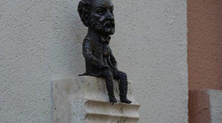 В Ужгороді відкрили міні-скульптурку композитору Ференцу Еркелю (ФОТО)